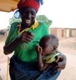 Au Burkina-Faso : nourrir les enfants avec des farines locales fortifiées
