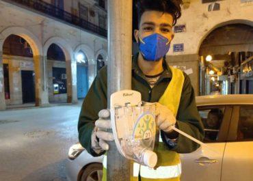 Algérie : la jeunesse se mobilise contre la Covid-19