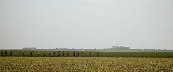 Douce France : la classe traverse le triangle de Gonesse © Douce France : Elzévir Films – De Deux Choses Lune